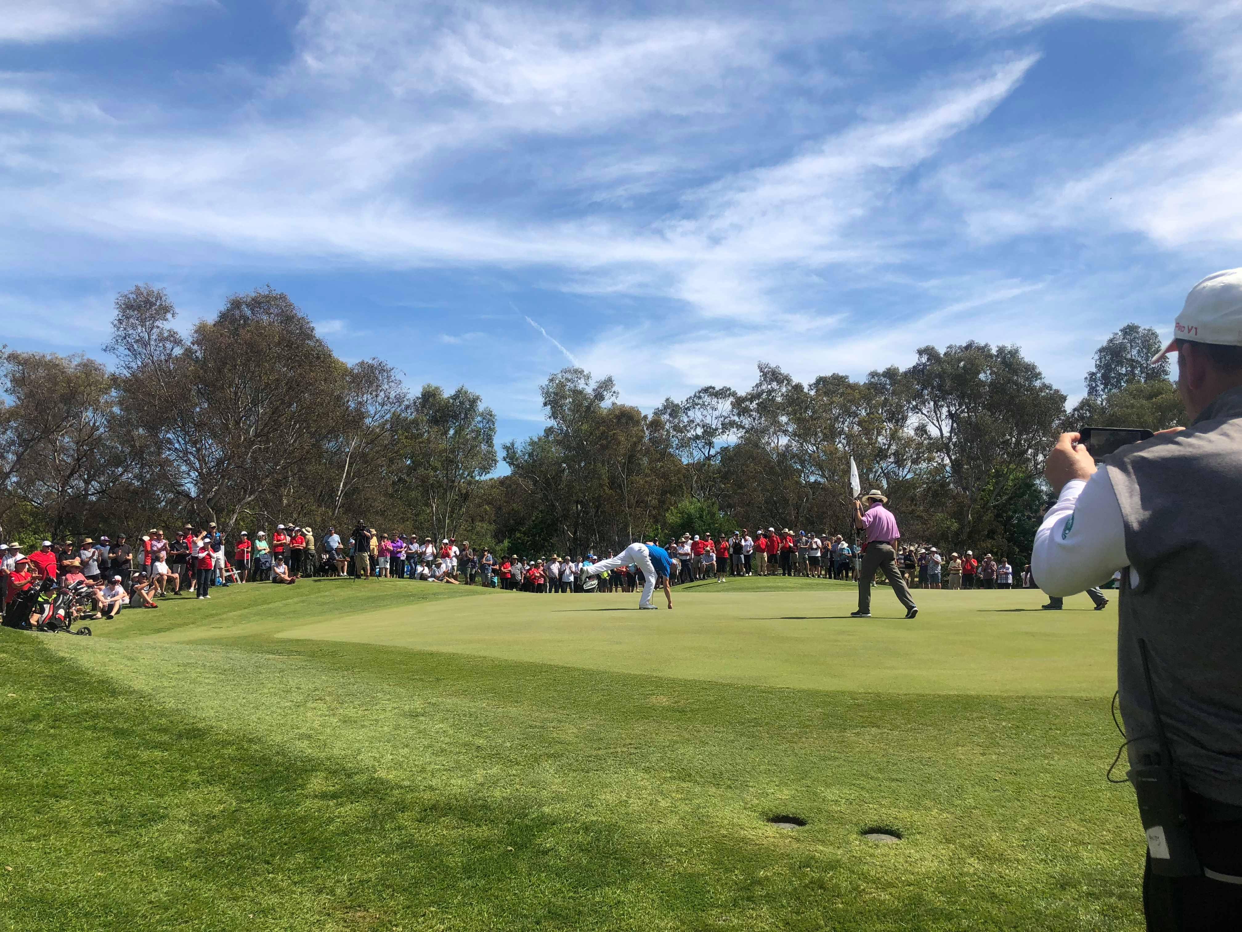 18th hole finish golf nsw