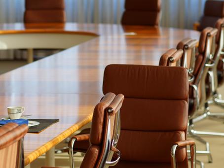 Espaços corporativos e mobiliário: como podem gerar mais engajamento e produtividade?