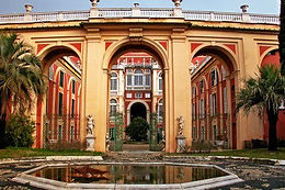Королевский дворец в Генуе - это изысканная резиденция, принадлежащая в последнем Савойской династии, изобилует интерьерами в стиле барокко и рококо