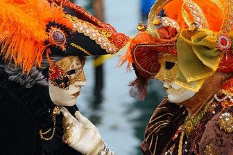 Маски карнавала в Венеции