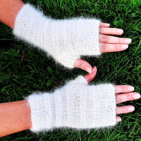 Mitaines-Angora-blanches-de maille en fille-les créateurs de saison