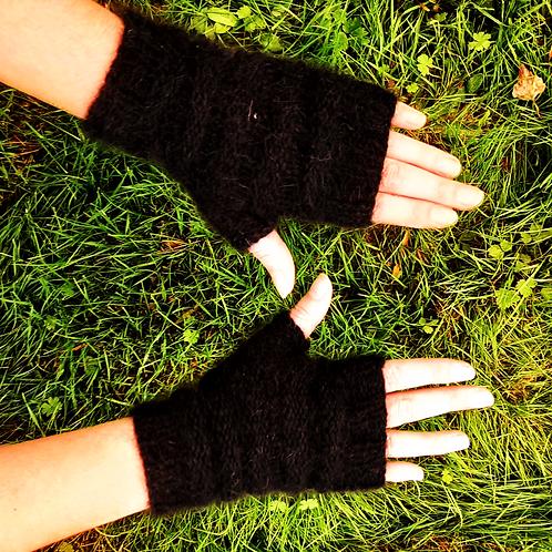 Mitaines-Angora-noires-de maille en fille-les créateurs de saison
