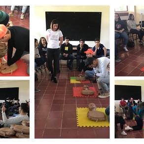 Capacitación de RCP en Colegio Cervantes