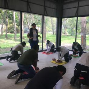 Capacitación de RCP y primeros auxilios a Red de Bosques Urbanos de Guadalajara