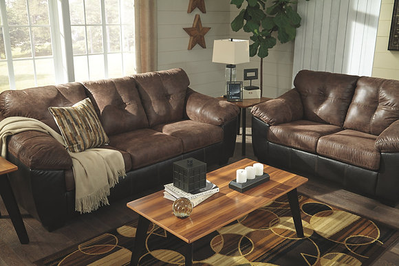 Gregale Sofa & Loveseat