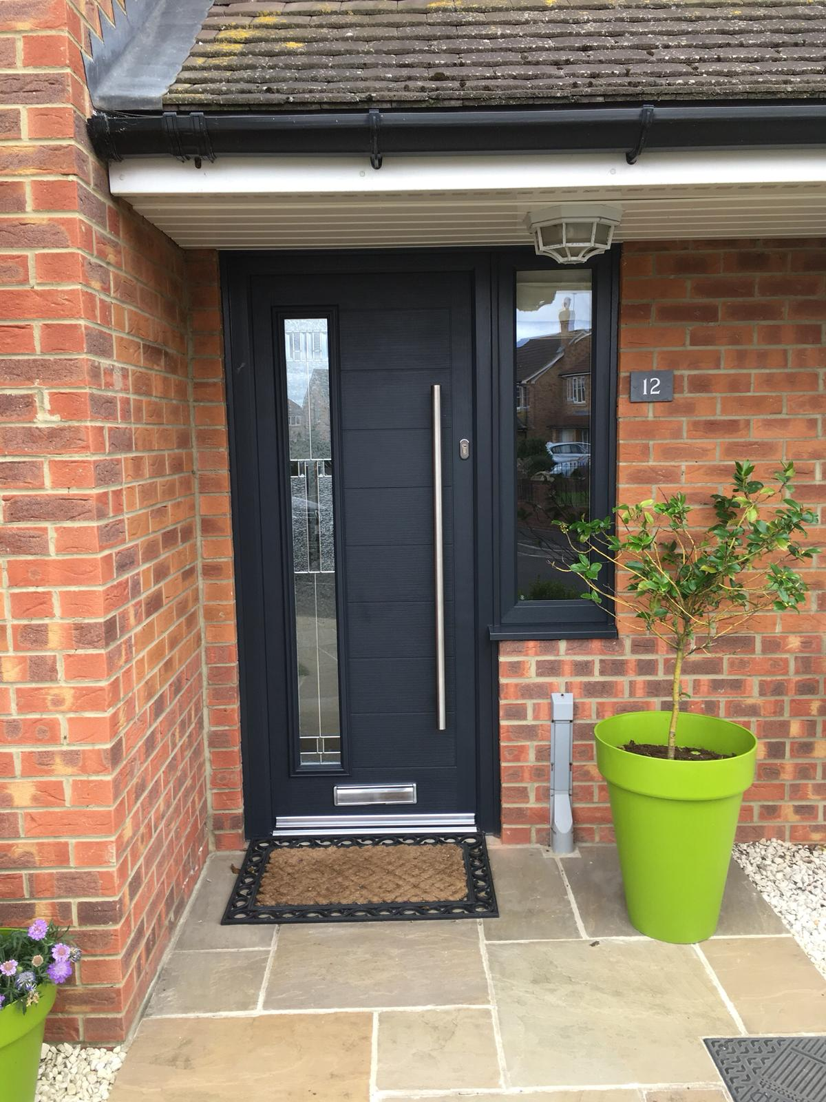Anthracite door