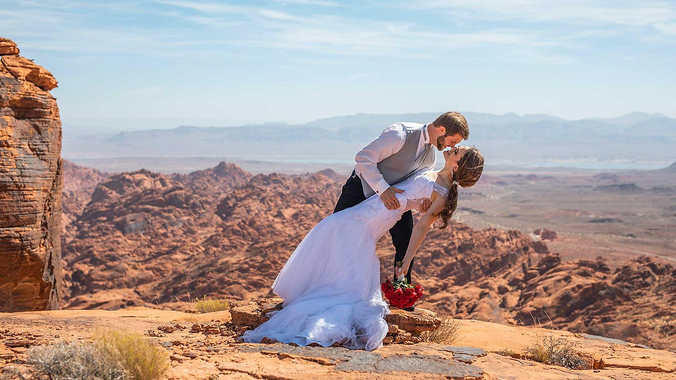 valley-of-fire-helicopter-weddings-1 (1)