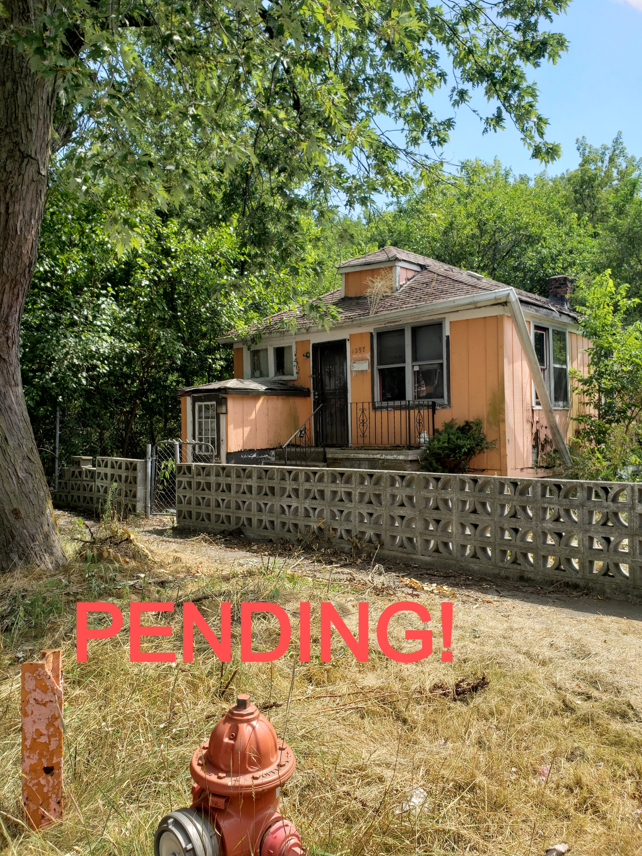 PENDING! 1297 W. 17th Ave.