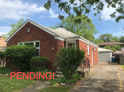 PENDING! Steps from the Beach!