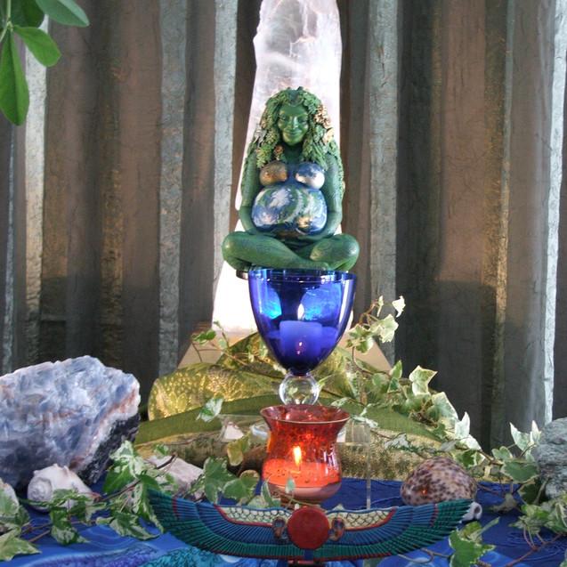 Gaia altar
