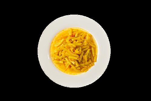 שעועית צהובה ברוטב