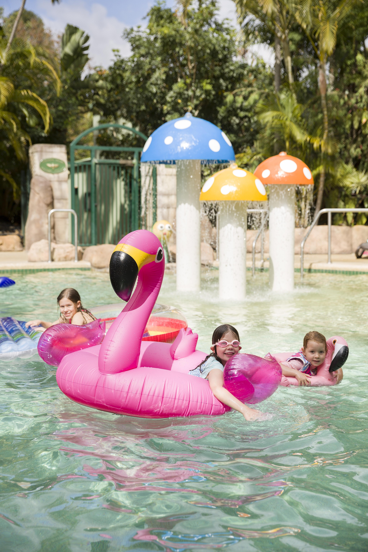 레이지마마 골드코스트 한달살기 숙소 단지내 수영장