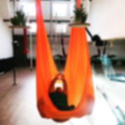 Flying Yoga Aérial Pole Fit Montpellier