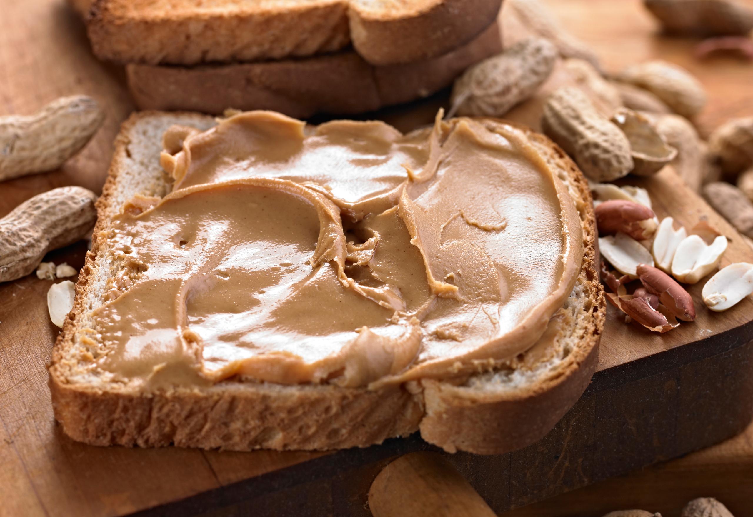 Best-Nut-Butters-Feature.jpg