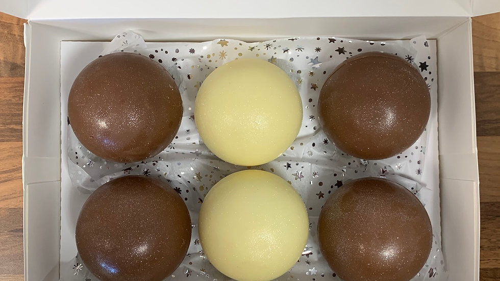 Boxes of 6 Chocolate Bombs (Milk/Dark/White)