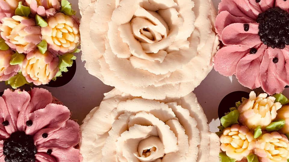 Flower Cupcakes Box of 6
