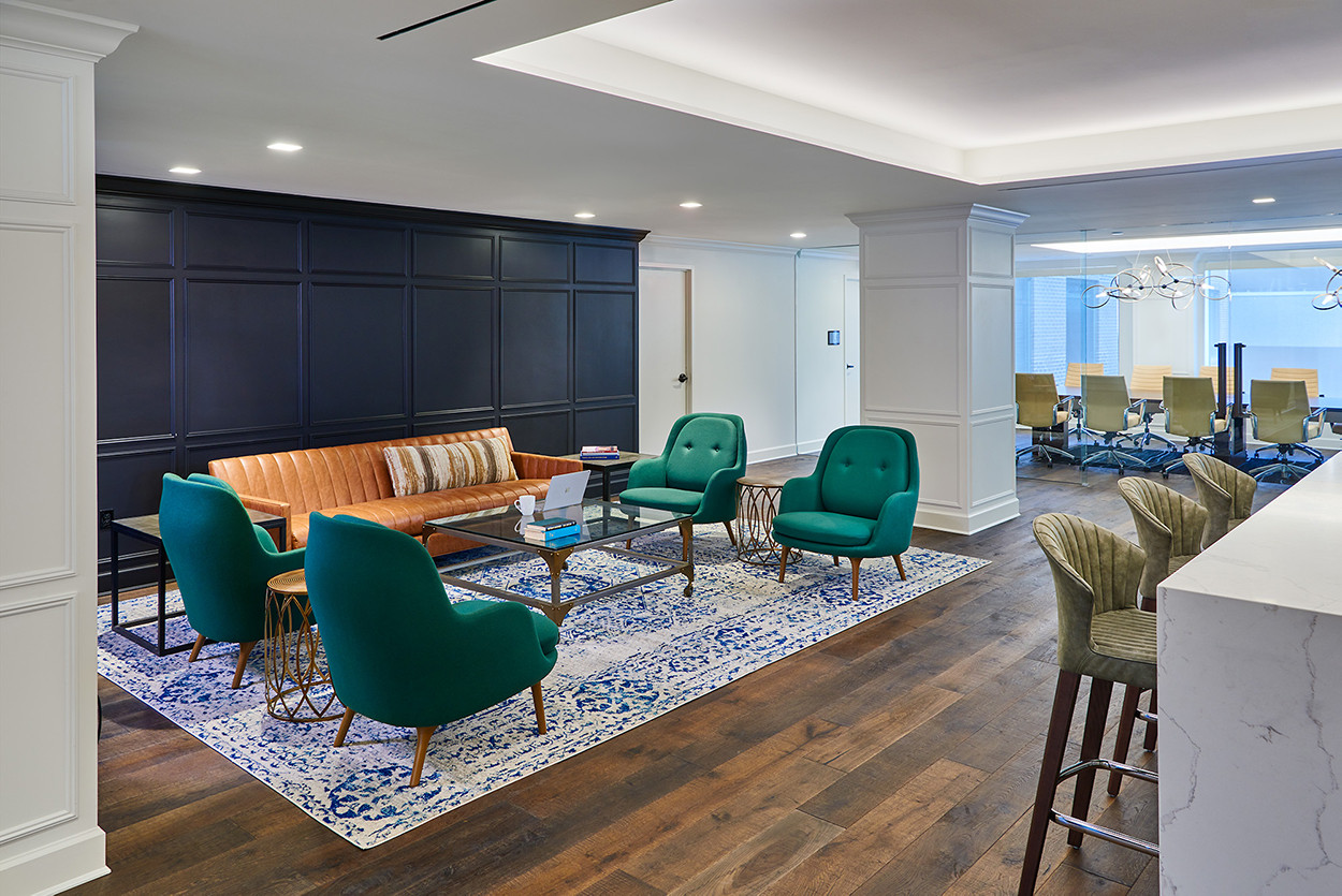 The Flagship - Lounge Area