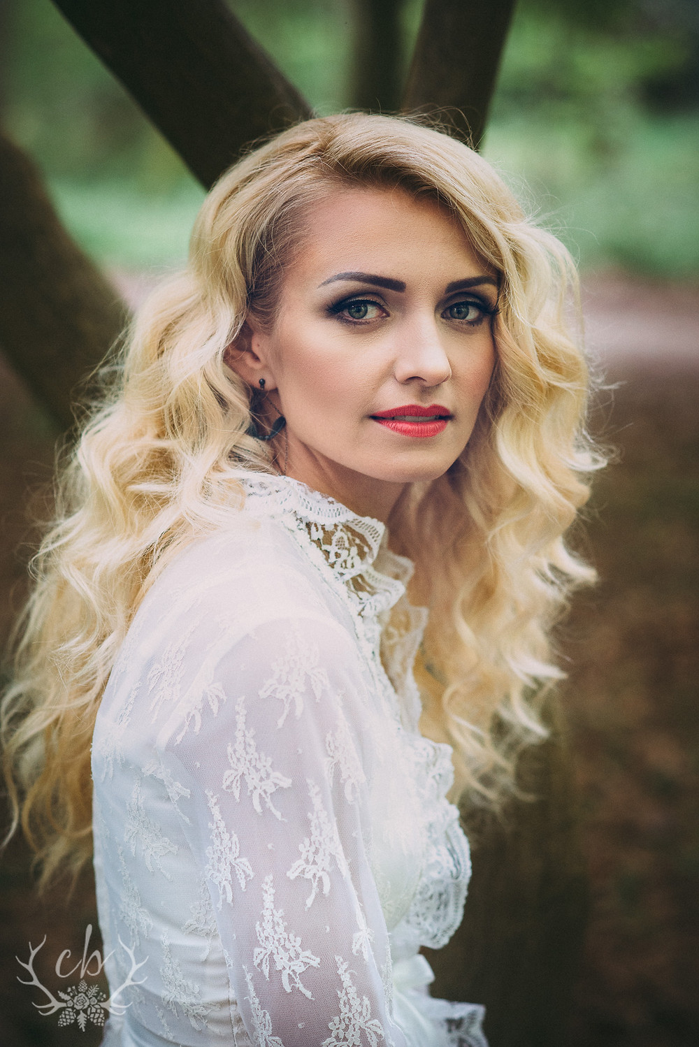 Woodland Bridal Shoot (WMark) - 030.jpg