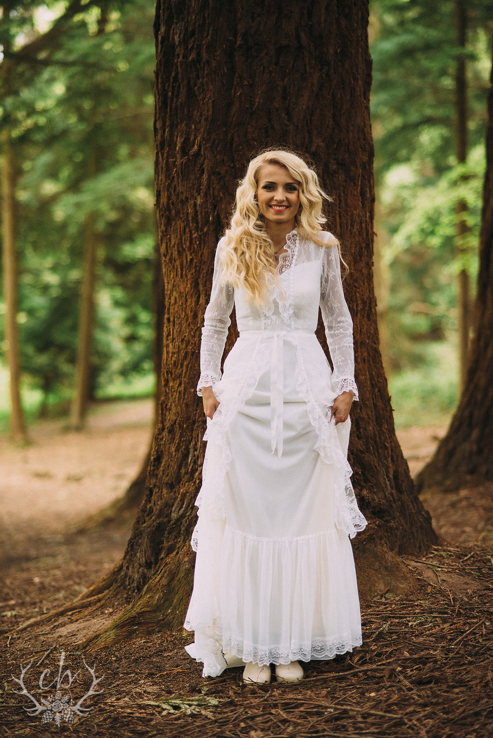 Woodland Bridal Shoot (WMark) - 072.jpg