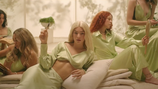 Lorde Has Released the Third Single 'Mood Ring' for Her Upcoming Album Accompanied by a Music Video!