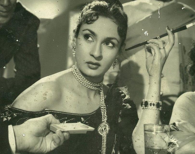 Nadira dans Shree 420 (1955).