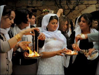 yézidis culte feu femmes