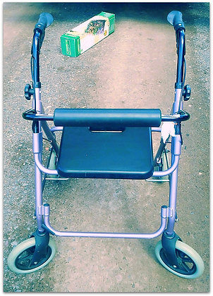 Drive Medical Four Wheel Rollator Rolling Walker
