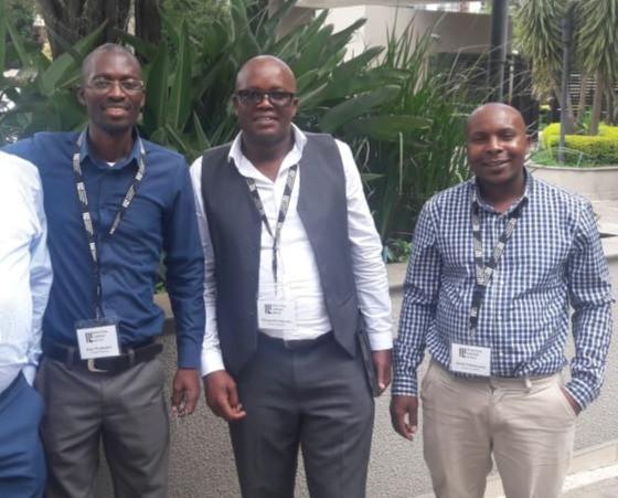 Dumalisile Comprehensive High School Principal, Mr Ncebetha, Itayi Nyakudya (Axium Education Specialist: InterSenior), Zwenlinzima SPS Principal Mr Ntshonga and Jacob Junior Chirumanzi (Axium Education Specialist: FET).