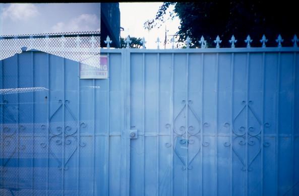 plane-fence_6897305419_o.jpg
