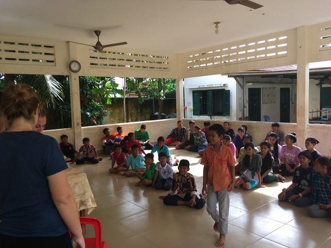 Interventions en orphelinat, bidonville et Auscam