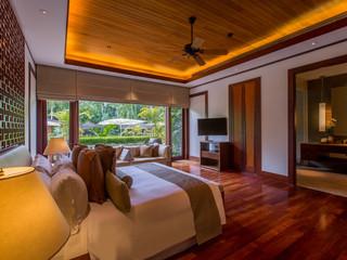 5 Bedroom by the pool Andara Villa 1-2-28.jpg