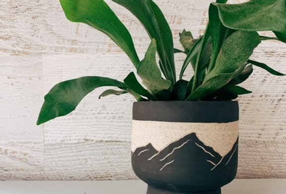 Mountain Calm -  Black on Grey Speckle Planter