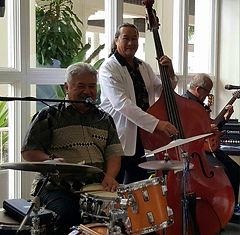 Entertainment Cairns. Bernie's Trio.