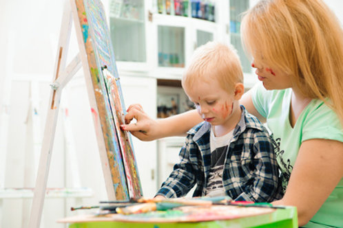 Kreative Mutter-Kind Gruppe