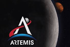 "NASA обновило информацию о программе  ""Артемида"""