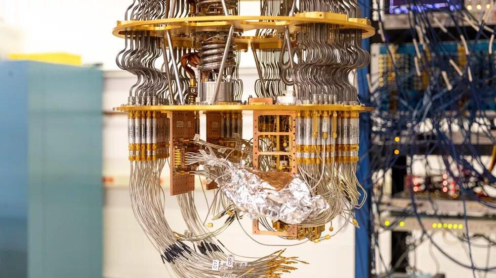 Коаксиальные кабели квантового компьютера