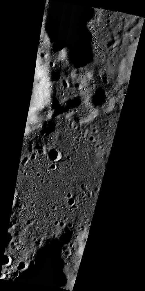 """Снимок области предполагаемого крушения аппарата """"Викрам"""", полученный камерой лунного орбитального аппарата LRO 17 сентября. Разрешение: 34 м/пиксель. NASA"""