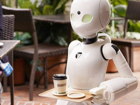Кафе будущего: парализованные люди смогут управлять роботом-официантом с помощью глаз