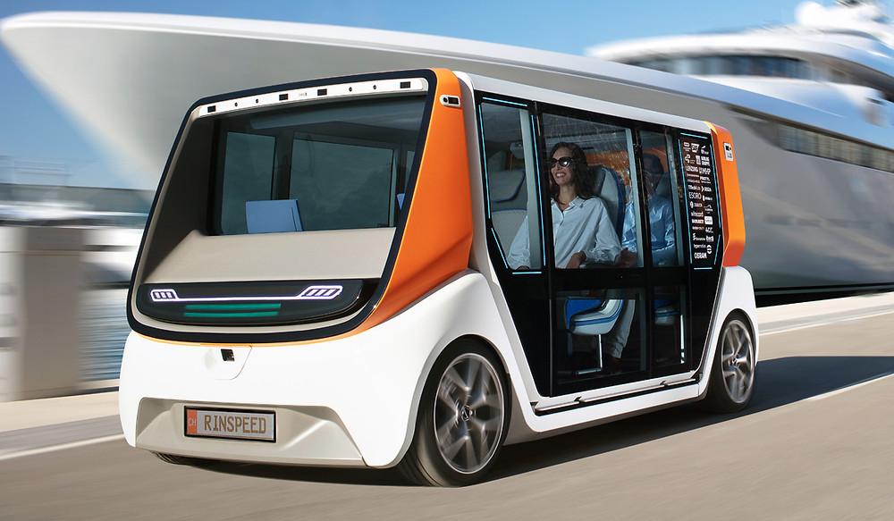 Беспилотный электромобиль со сменными кузовами