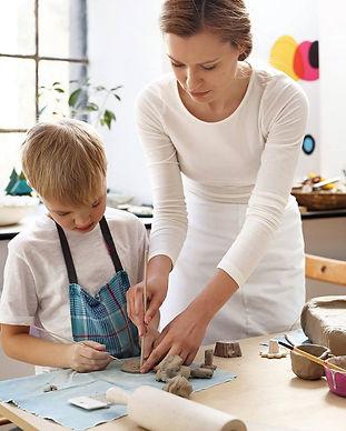 Indygo, ceramika, warsztaty dla dzieci i dorosłych, lepienie z gliny