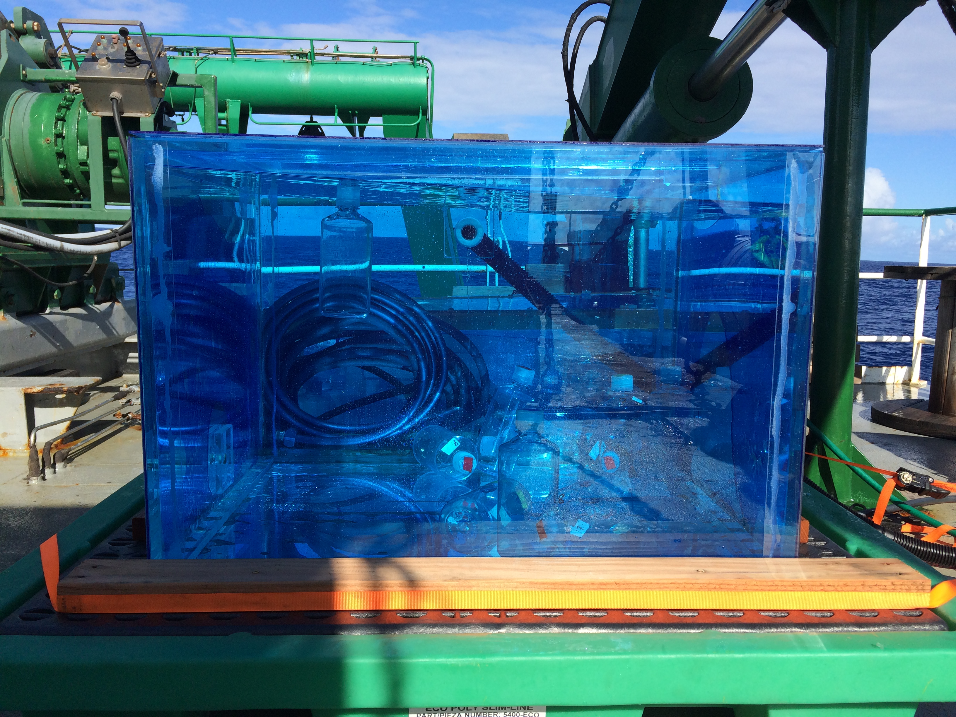 Deckboard incubations