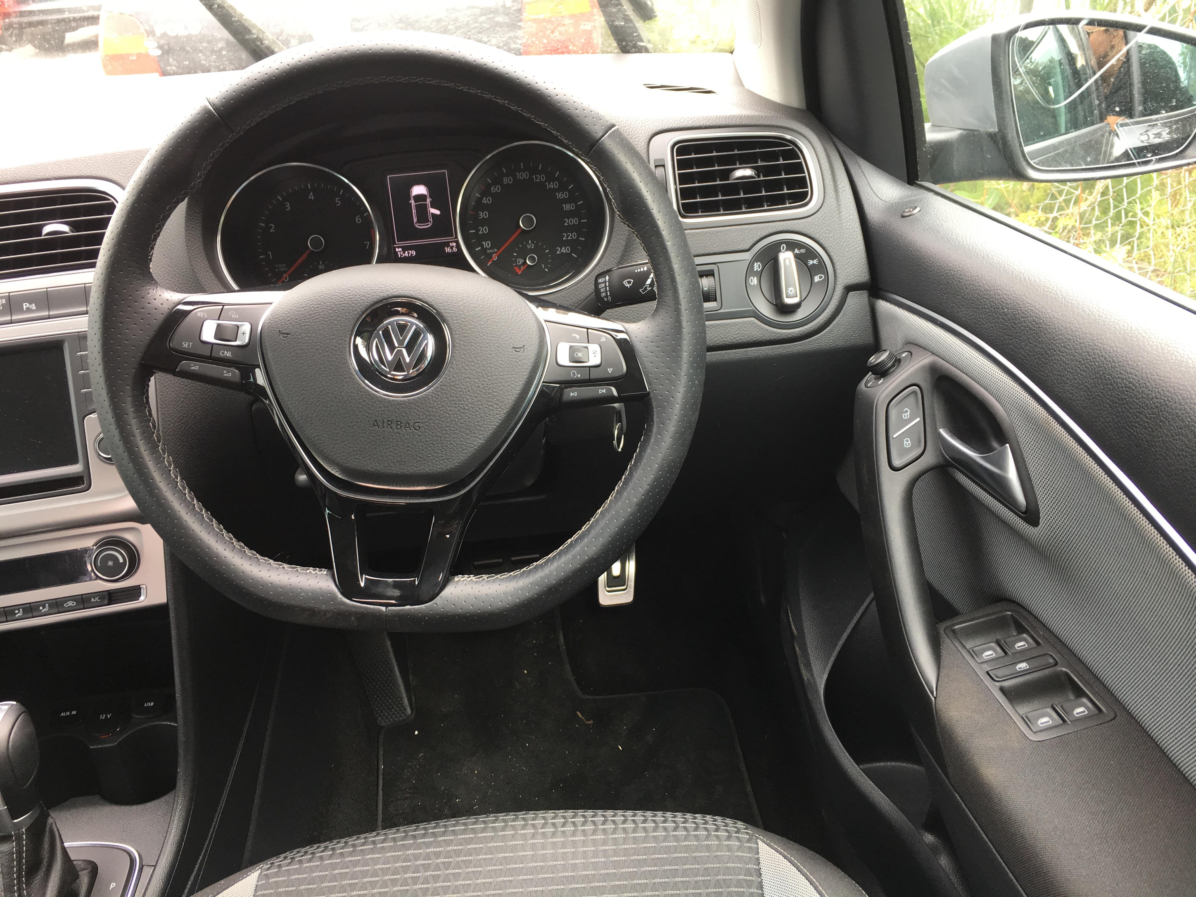 VW Polo Cross 2015