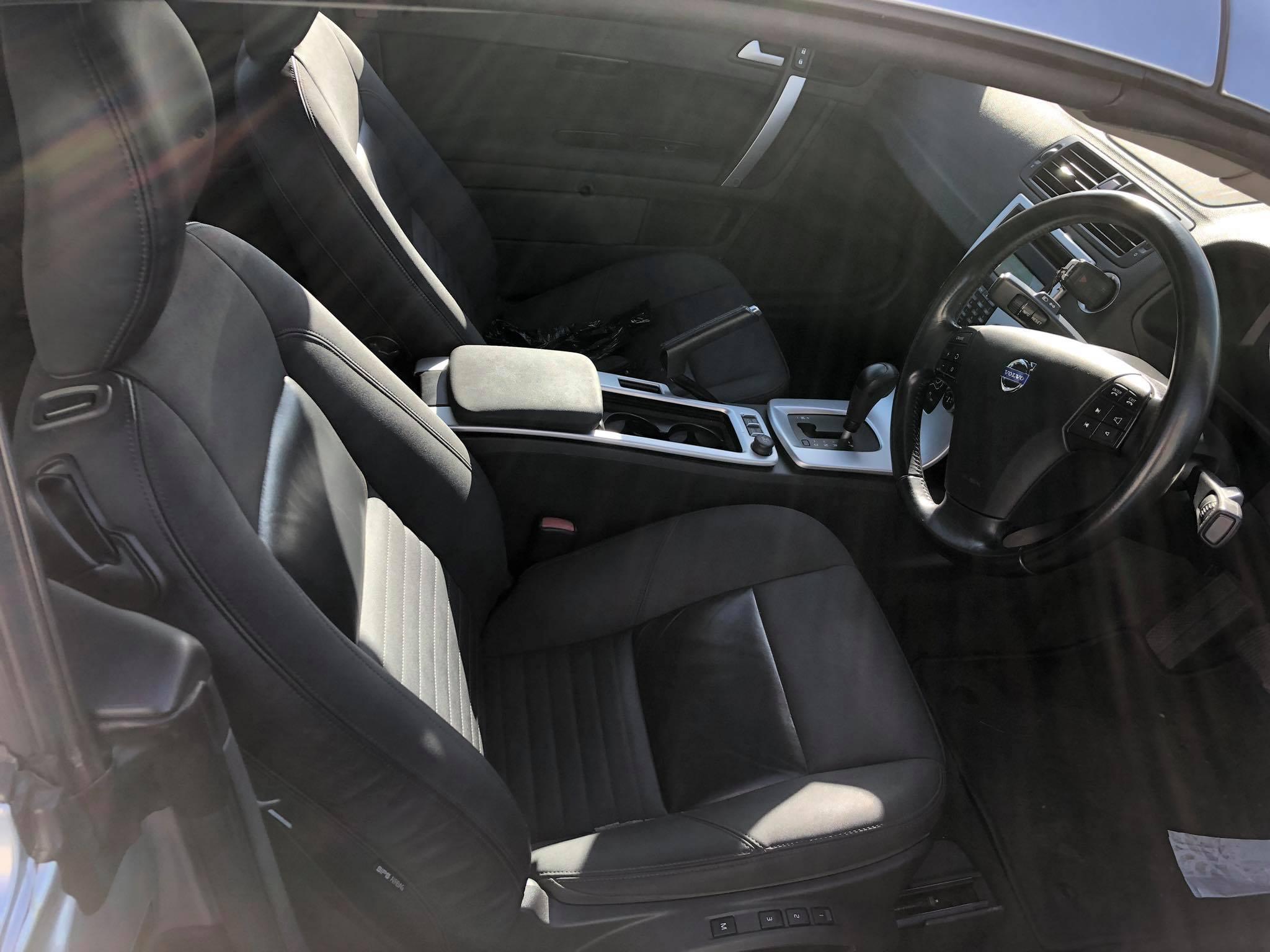Volvo C70 2011