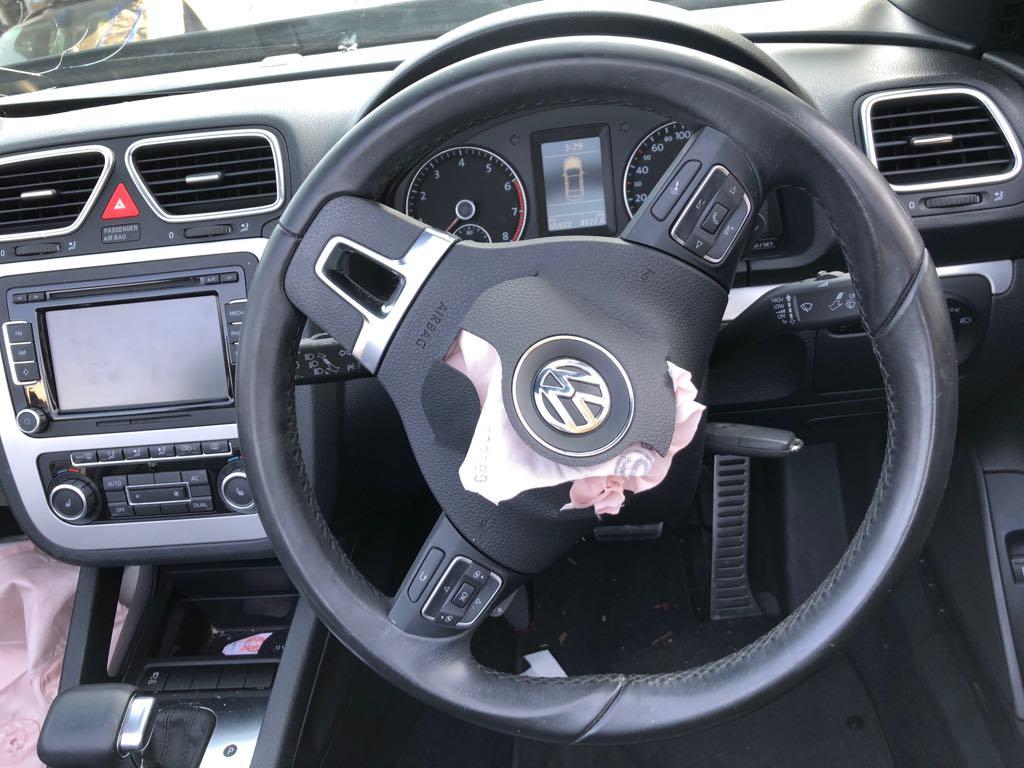 VW Eos 2010