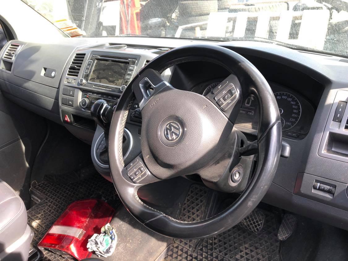 VW T5 2012