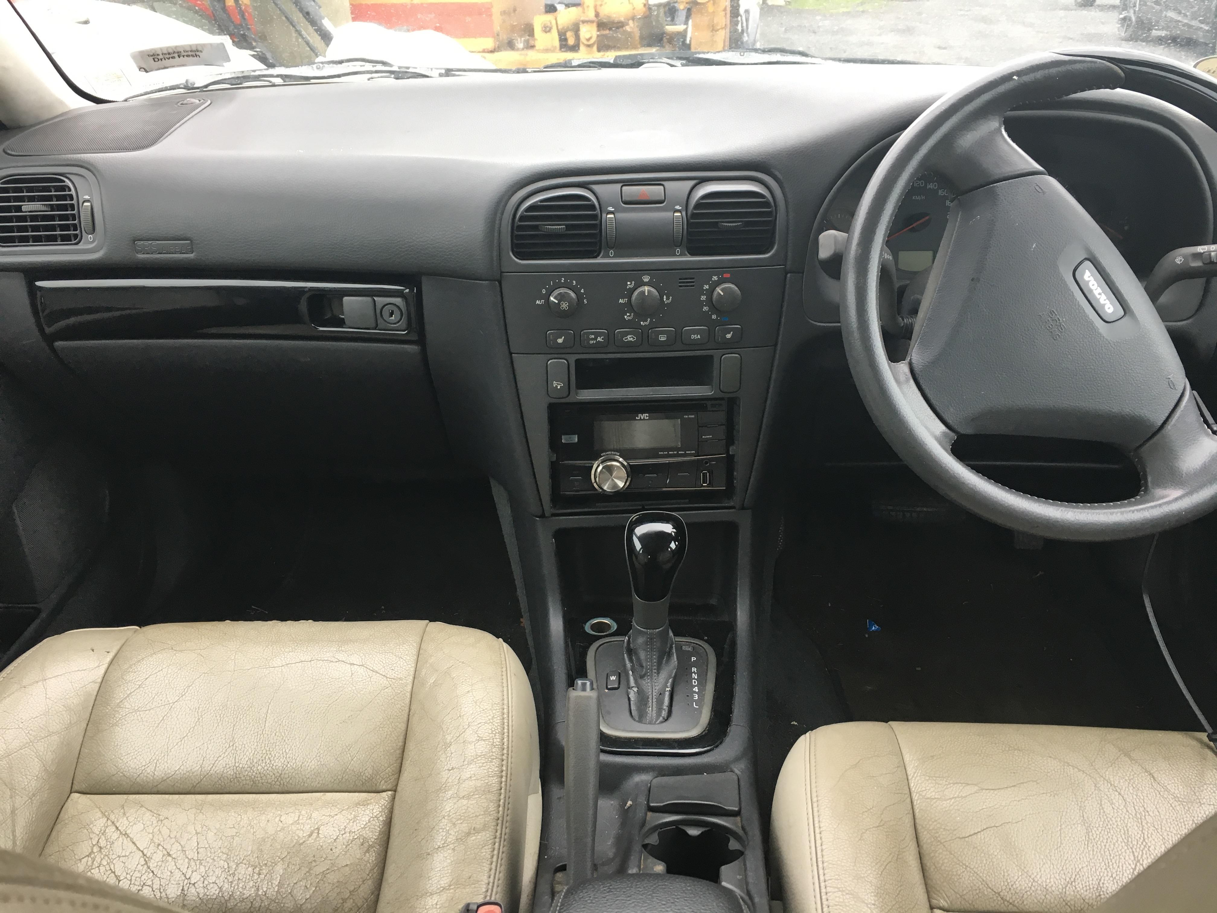 Volvo V40 2003