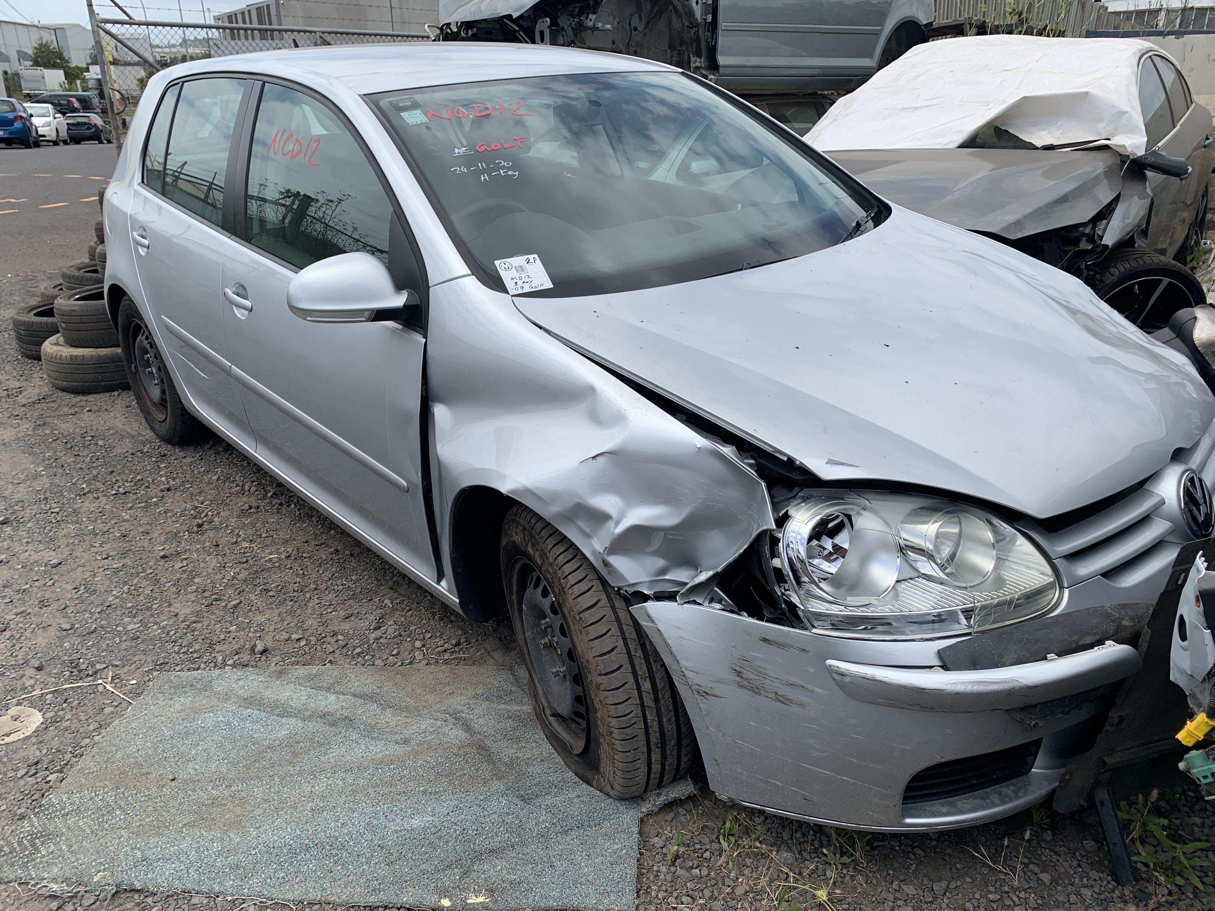 VW Golf 2009 (1)