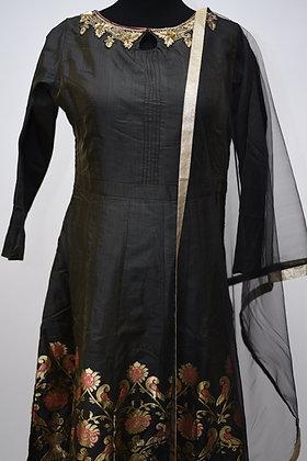 Black Abaya Style Suit