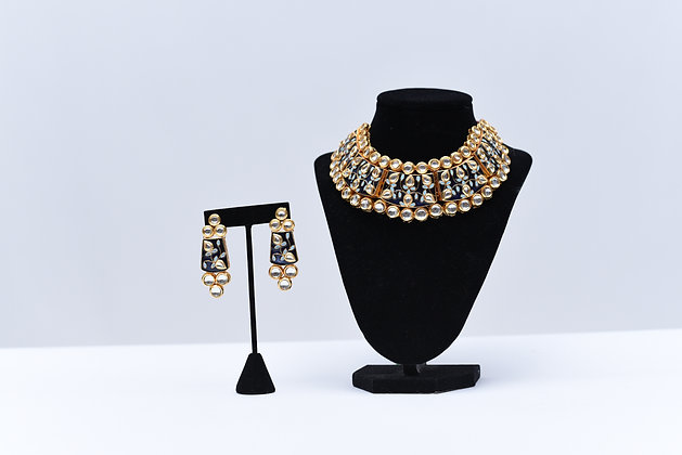 Choker Kundan Necklace Set