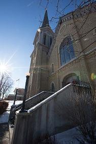 JK2_3591-200x300_church.jpg